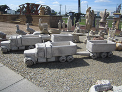 Truck-and-Trailer-Statue